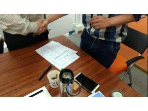 我公司与海南经销商签订600吨生物菌肥购销合同